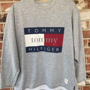 Tommy Hilfiger vintage sweat shirt